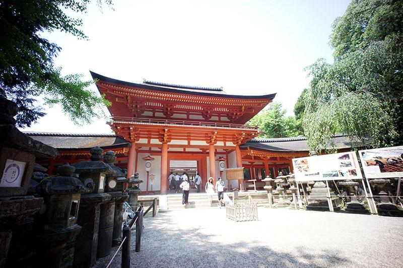 Nara_kasuga_minamimon_s